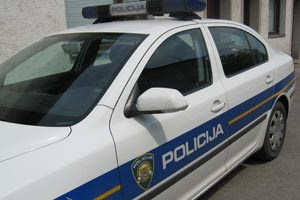 Slika /auto_policija.jpg